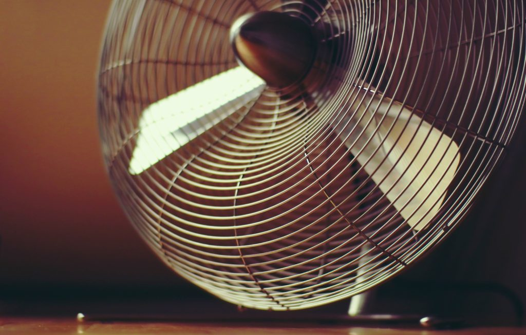 サーキュレーターと扇風機の違いサーキュレーター機能付き扇風機おすすめ商品