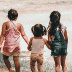 児童手当第三子月6万はいつから?少子化に効果はある?第一子からにしての声。