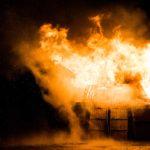 秋田港イカ釣り漁船爆発炎上の原因は?延焼けが人や被害状況まとめ
